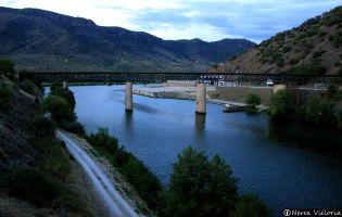 Muelle fluvial de Vega de Terrón