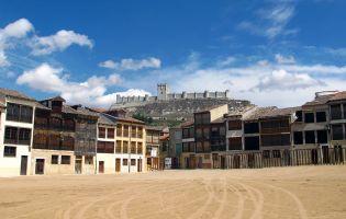 Plaza del Coso - Arquitectura medieval Peñafiel