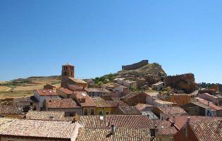 Vista panorámica de San Esteban de Gormaz - Ruta en moto por la Ribera del Duero