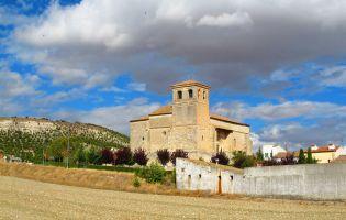 Iglesia de San Pelayo - Olivares de Duero - Ruta en moto por la Ribera del Duero en Valladolid
