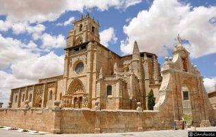 Iglesia de Sasamón.