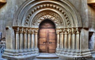 Portada iglesia de San Cornelio y San Cipriano - Revilla de Santullán