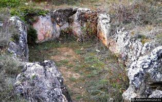 Dolmen de Valdemuriel - Tubilla del Agua