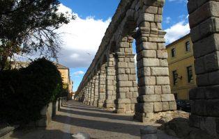 Tramo del Acueducto de Segovia - Monumentos en Segovia