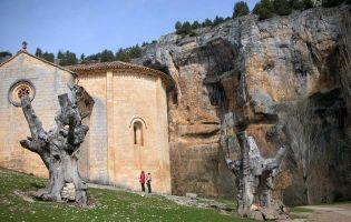 Ermita de San Bartolomé en el Cañón del río Lobos - Ucero