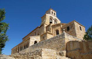 Qué visitar en San Esteban de Gormaz - Iglesia de la Virgen del Rivero