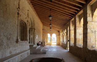 Qué ver en San Esteban de Gormaz - Galería porticada Iglesia de la Virgen del Rivero