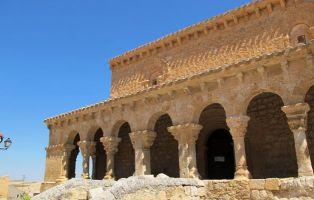 Qué ver en San Esteban de Gormaz - Pórtico Iglesia de San Miguel