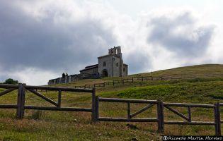 Ermita románica de San Pantaleón de Losa