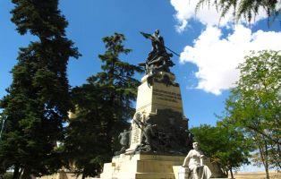 Estatuas en Segovia - Monumento Jardines del Alcázar