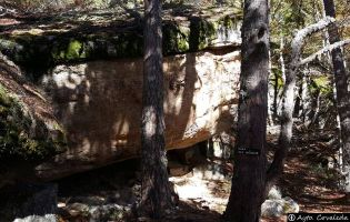 Sendero a la Mina y Cascada del Médico