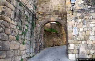 Sepúlveda - La Villa de las Siete Puertas - Segovia