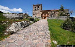 Iglesia de Hacinas