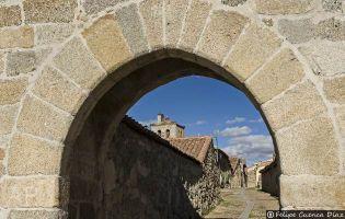 Puerta de la Villa del siglo XV