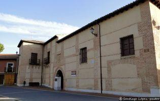 Palacio Caballero de Olmedo