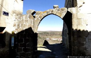 Arco del Puerto - San Felices de los Gallegos