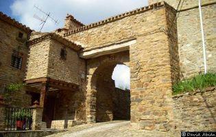 Puerta de la Villa - Yanguas