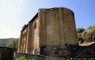 Ábside iglesia de San Miguel - Corullón