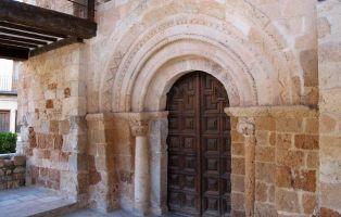 Qué ver en Ayllón y Alrededores - Portada Iglesia de San Miguel - Segovia