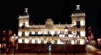 Visita Nocturna León - 'Noche Cazurra'